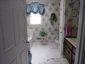 Before and After Master Bath Remodeling in Monroe, GA (1)